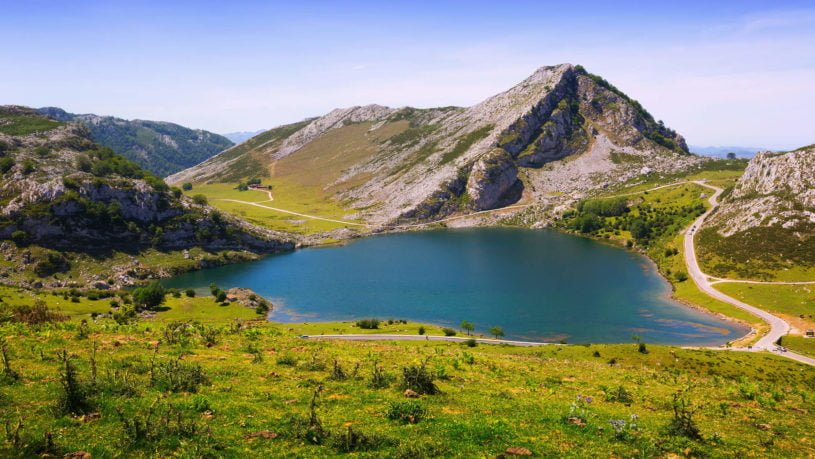 Ruta En Moto A Los Lagos De Covadonga Asturoad